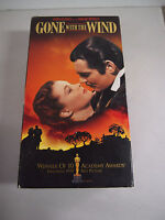 VHS MOVIE GONE WITH THE WIND STARRING CLARK GABLE