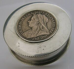 RARE ENGLISH VICTORIAN SOLID STERLING SILVER COIN BOX 1900 ANTIQUE COMMEMORATIVE