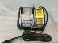 Stz Dewalt Dcb112 Cargador De Bateria De Iones De Litio Max De 12 Voltios