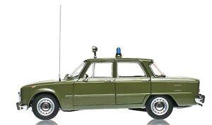 ALFA ROMEO GIULIA SUPER 1600CC CARABINIERI 1970 VERDE MODELLINO 1/18