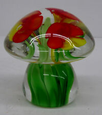 Antiker schöner Glas Paperweight in Pilzform mit Stiefmütterchen Blumen Motiv