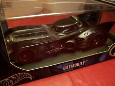 HOT WHEELS G3665 BATMAN BATMOBILE BATTLE-DAMAGED  VERY RARE Limited Edition 1/18