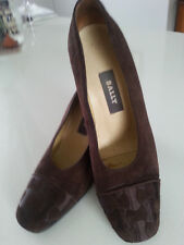 Bally woman shoes, chocolate brown suede size AU 5