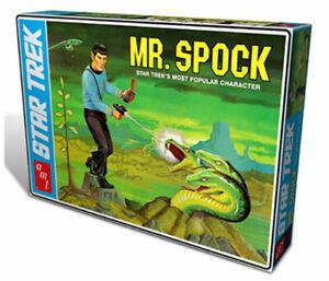 STAR TREK MR. SPOCK including Diorama  PLASTIC MODEL KIT 1:12 scale - AMT625