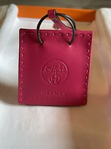 Hermès Bag Charm Rose Mexico H079065AAB New With Receipt