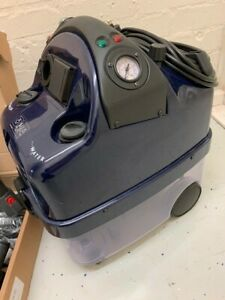 Professional steam cleaner and vacuum cleaner