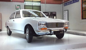 G LGB 1:24 Scale 1975 Peugeot 504 Saloon White Detailed Welly Diecast Model Car