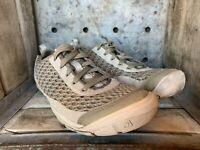 Keen Womens Mercer Lace II CNX Mesh Casual Hiking Shoes Beige Size 8.5 W EUC