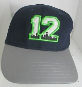 """Seattle 12th Man Hat  Stretch Fit Fitted Lg aprox 71/2"""">7 5/8"""" Cap"""