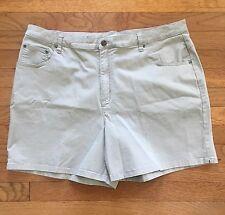 C.J. Banks Shorts Women's Size 18W Stretch Walking Shorts 5 Pockets in Beige