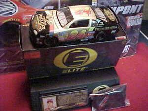 1997 JEFF GORDON #24 CHROMA PREMIER 1/24 ELITE ACTION CAR-STAND' CAR COVER' CARD