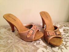 24065ba3ad9 Women s Audrey Brooke US Size 7.5