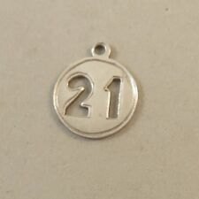 VINTAGE Silver 21 CHARM Round Cut-Out Birthday Yale Estate Twenty One VT77E