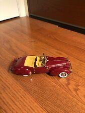 Franklin Mint 1940 Packard Custom Victoria Super 8 1:24 Scale Diecast Model Car