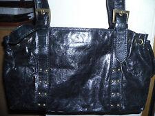 wunderschöne schwarze Handtasche