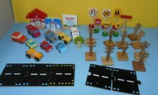 Wood Train Track Town Cars People Trees Traffic Sign Scenery Accessories Lot