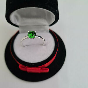 Stunning Emerald crystal solitaire ring in Sterling Silver