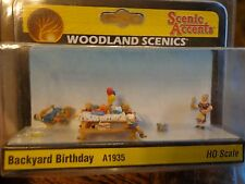 Woodland Scenics Ho #1935 - Backyard Birthday