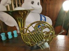 CUSTOM MADE FRENCH HORN TABLE LAMP/MUSIC ROOM/BAR/REC ROOM/MAN CAVE