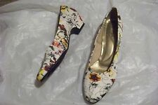 womens hush puppies soft style white floral fabric heels shoes size 8 N