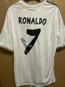Signed Cristiano Ronaldo Real Madrid shirt with Coa