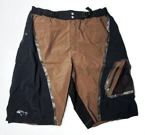 "Descente Men's Cycling 11"" Loose Shorts Size Large Brown/Black Zip Pockets"