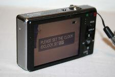 Panasonic Lumix DMC-FX500 10MP 5X Optical Zoom Digital Camera Bundle Memory Card