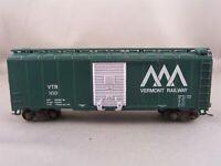 Athearn - Vermont Railway - 40' Box Car + Wgt # 169 w/Kadees