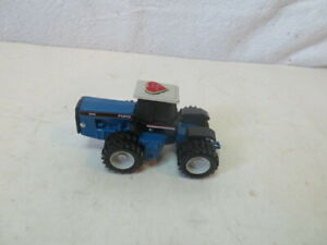 Ertl 1/64 Ford 946 4WD Tractor Heart of America Farm Show Toy Duals