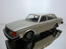 STAHLBERG FINLAND VOLVO 244 GL - BEIGE METALLIC 1:20 - GOOD CONDITION