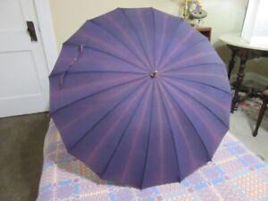 Vintage 1950's purple umbrella. Lucite handle