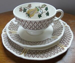 Wedgwood Avocado 1970s Tea Trio ~ Patterned Cup, Saucer & Plate ~ Cream Brown