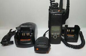 MOTOROLA XTS5000 II 450-520 MHz P25 Digital Police Fire EMS Radio H18SDF9PW6AN