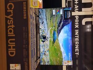 tv samsung cristal 4k garanti 2 ans encore emballé