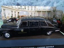 1/43 Daimler limousine James Bond CASINO ROYALE 007 series  diorama