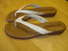 WOMEN'S SANDALS SLIP-ON SHOE WHITE BROWN SIZE 6.5 SIMPLY BASIC