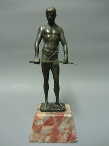 Alte Bronze Skulptur Krieger um 1900 signiert