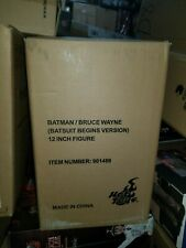 Hot Toys Batman Batsuit Begins Movie Bruce Wayne 1:6 Scale Figure Exclusive