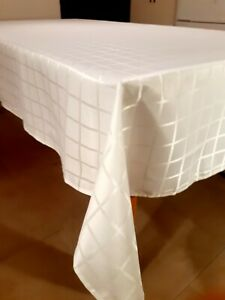 "150*270cm Modern""Rectangle-White Geometric ""Polyester tablecloth-SlightlyMarked"