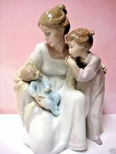 Welcome To The Family Mother And Children Lladro 6939