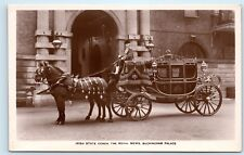 *Irish State Coach Royal Mews Buckingham Palace Queen Victoria UK Postcard C51