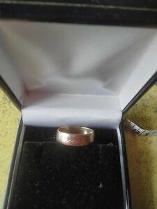 Mens 9ct gold wedding rings