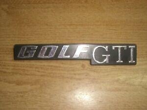 Emblem / Badge VW Volkswagen Golf GTI, 3 Befestigungsstifte