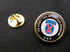 "Pin's "" US ARMY 10th MOUNTAIN DIVISION "" USA ww2 montagne CHASSEUR ski"