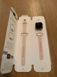 Apple Watch Series 4 44mm Aluminium Gold Case - Pink Sports Band - Boxed
