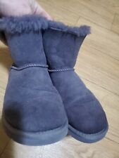 Ugg Mini Bailey Bow dark lavender Boots New Size 6