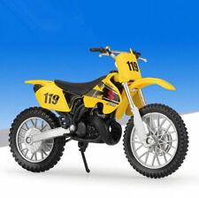 1:18 Maisto SUZUKI RM250 Yellow Motorcycle Motocross Bike Model New in Box