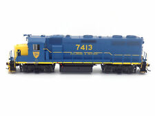 D&H GP39-2 Phase I Locomotive #7413 Non-Sound HO - Athearn Genesis #ATHG64516