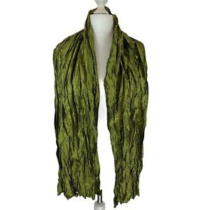 Unbranded Beautiful Green Shimmer Crinkle style Scarf New w/out Tags. Immaculate