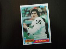 Jim Plunkett- 1981 Topps #135 Near Mint - Oakland Raiders / Stanford Cardinal
